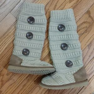 The childrens place boots